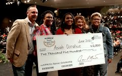 Senior Wins KPRC 2 Scholarship